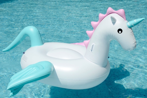 candy-unicorn-float