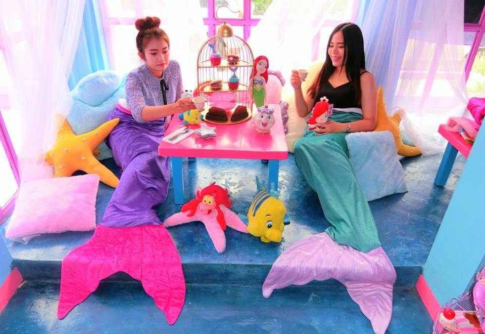 mermaid-cafe
