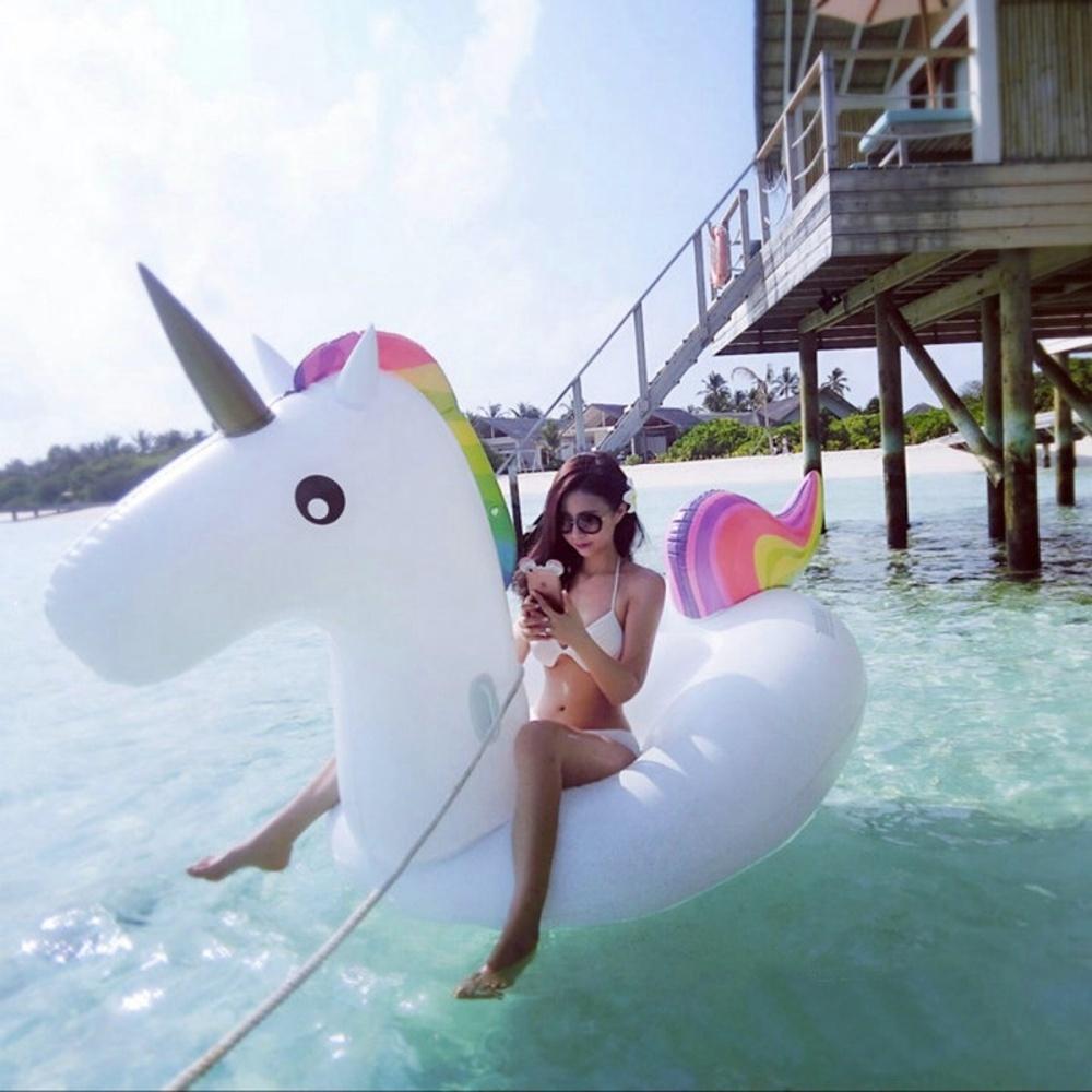 rainbow-unicorn-float