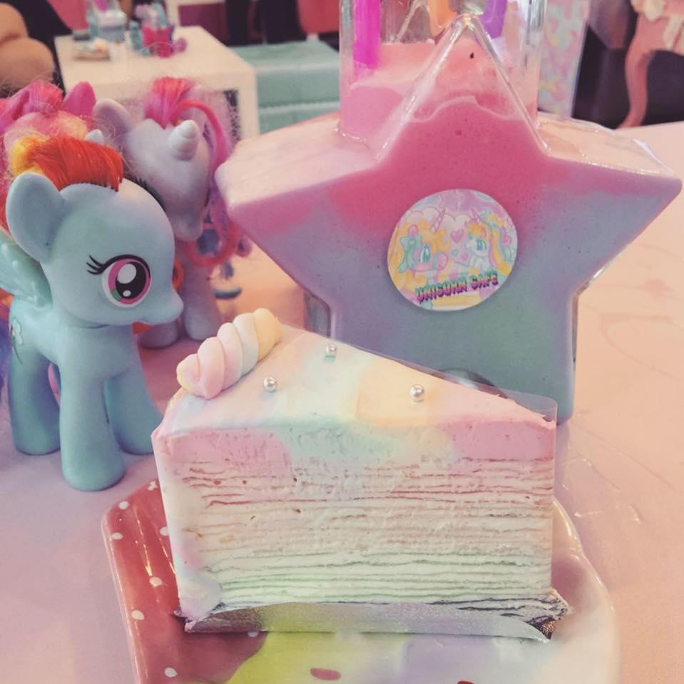 unicorn-cafe-7
