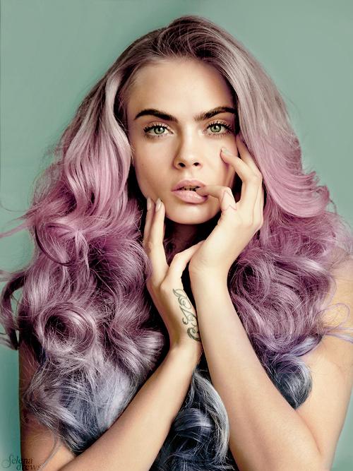 cara-delevingne-pink-unicorn-hair