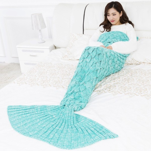aqua-mermaid-blanket