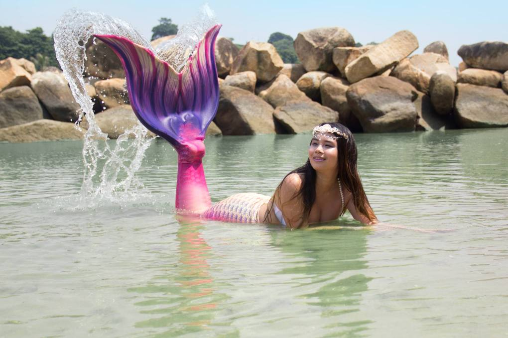 Mermaid-Inc-fabric-tail-Cleo