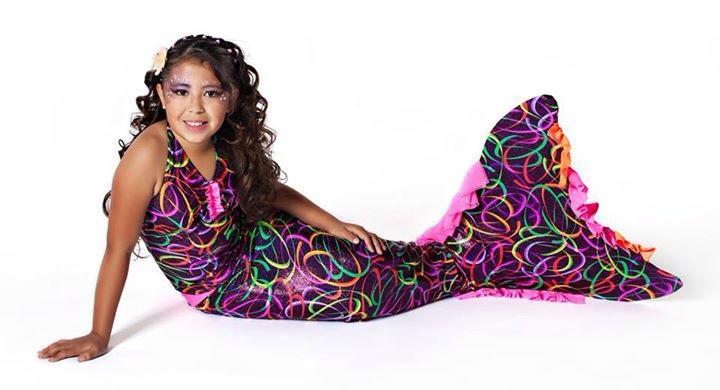 Splash-Mermaid-Tails-fabric-tail