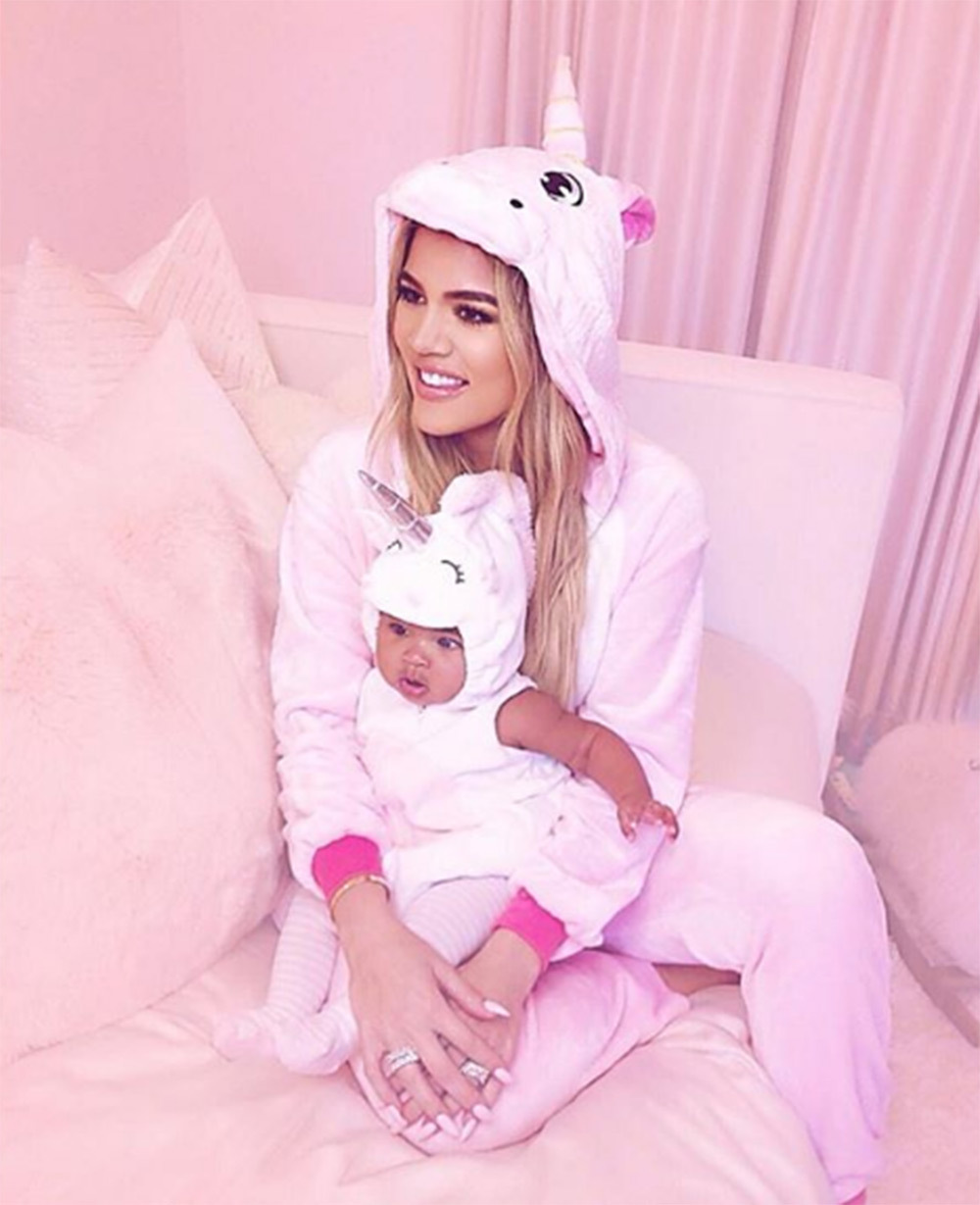 khloe-kardashian-true-thompson-halloween-unicorn